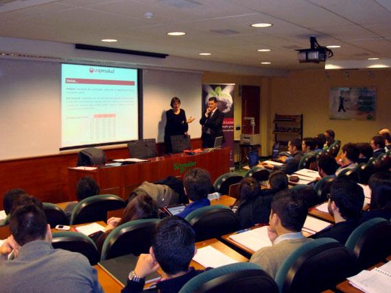 Unipresalud presenta su briefing a los alumnos de EADA