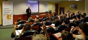 Antoni Bolinches explicó la relación entre trabajo y realización personal