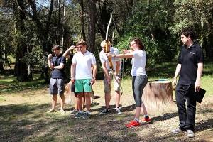 En la última jornada, todos ellos participaron en varias actividades lúdicas, como el tiro con arco.