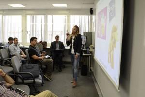 Ariana Tregón explicó en BeCustomer el proceso de digitalización de Vueling Airlines.