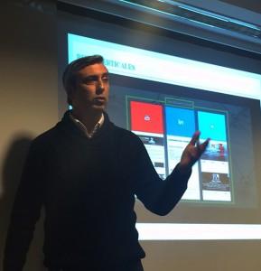 La conferencia que impartió Álex López en EADA se centró en el potencial que tiene esta red para los profesionales del área comercial de una empresa.