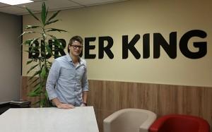 Arthur Dreux, con un International Master in Management en EADA, fue uno de los 20 seleccionados entre 7.000 candidatos para realizar el 'Leadership Programme' de Bruger King Corp.