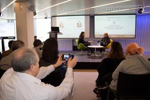 En esta ocasión, el entrevistado fue Toni Segarra, reconocido creativo publicitario que analizó las redes sociales desde la interesante perspectiva de la publicidad.