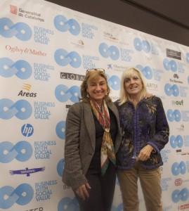 María José Pujol (izquierda) y Kika Sauquet (derecha) están al frente de Icaria Iniciatives Socials, una entidad sin ánimo de lucro cuyo objetivo es la integración social y laboral de niños y adultos con discapacidad intelectual.