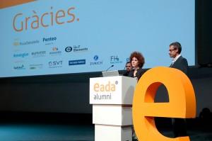 Eva García, directora de EADA Alumni, acompañada por los profesores de EADA Ramon Costa (derecha) y Lluís Rosés (izquierda).