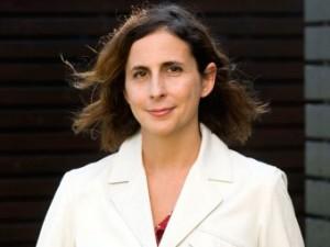 La profesora de EADA Athina Sismanidou reflexiona sobre la situación griega coincidiendo con los 100 días de Tsipras en el poder.