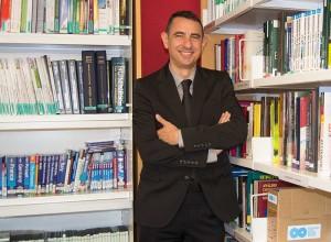 El Dr. Rubén Llop asegura que las empresas con más ventaja competitiva son aquellas dirigidas por líderes, no por gestores.