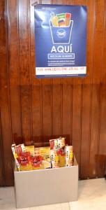 En la recepción de EADA hay una caja habilitada para la recogida de alimentos.