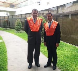 El director general de EADA, Miquel Espinosa, y el director de Programas de EADA, Jordi Díaz, asistieron el pasado mes de septiembre al acto de graduación de los participantes del Global MBA de CENTRUM Católica.