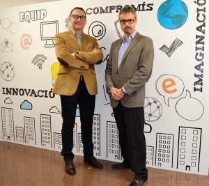 Los profesores de EADA Marco A. Peña (izquierda) y Ramon Costa (derecha) analizan las habilidades digitales que necesitan los directivos para liderar la transformación digital de sus empresas.