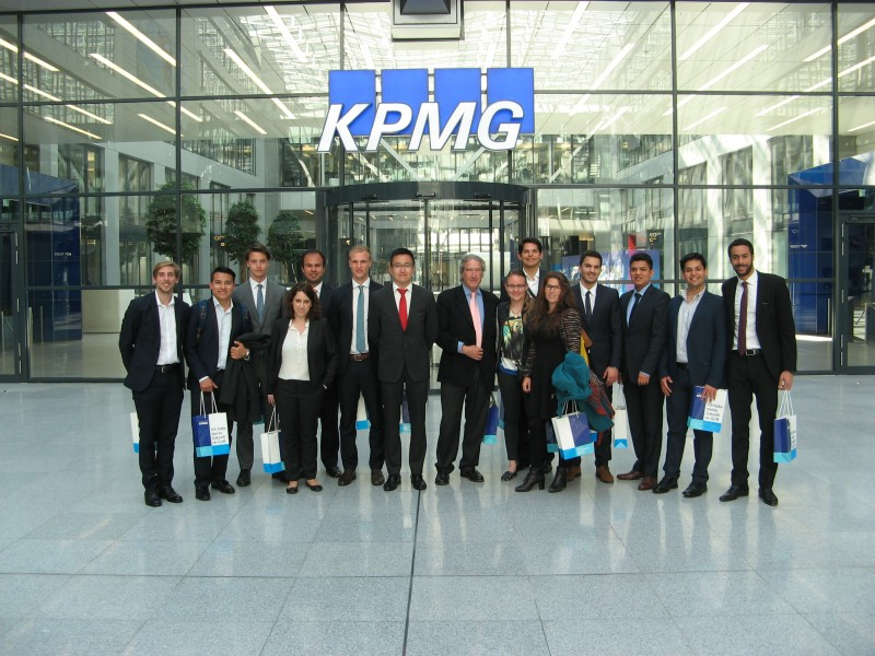 Master in Finance participants in KPMG