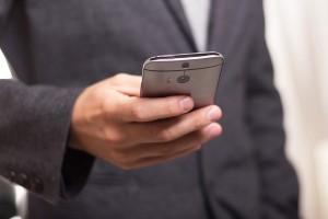 Los dispositivos móviles se han convertido en el nuevo canal de comunicación de las empresas para fidelizar y captar clientes.