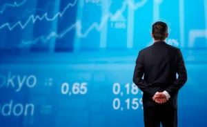 El profesor de Finanzas Rafael Sambola analiza la correlación entre los principales indicadores bursátiles estadounidenses con la evolución del PIB en los últimos cinco años.