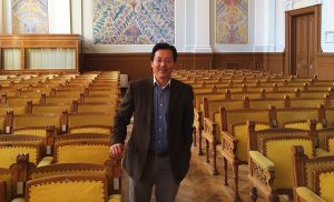 Ph.D. Yuwei Shi teaches a workshop on social enterprise business model design in the EADA's International Week 2018.
