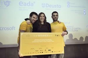 La 'app' que desarrolló el equipo de Mateo Pereira, a la izquierda, fue uno de los cuatro ganadores de la pasada edición del Imagine Express.