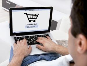 Según Kim Ruiz, antes de pensar en aspectos más operativos, hay que analizar quiénes son nuestros clientes y cuáles son sus hábitos de compra online.