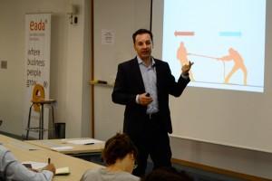 Juanjo Tordera explicó cómo un director comercial puede influir positivamente en su equipo recurriendo a la neurociencia.