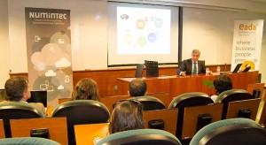 Flórez también se refirió a la posibilidad que tienen los empleados de plantear ideas disruptivas que incrementen la productividad y la eficiencia de los procesos en Ferrovial.