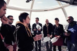 En la imagen vemos a Clara en el London Eye en el momento en que presentó su proyecto a potenciales inversores.