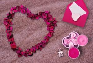 Llega San Valentín, una fecha especial en la que los enamorados muestran su amor por su pareja y las empresas aprovechan para captar nuevos clientes.