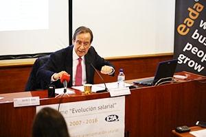 Ernesto Poveda, presidente de ICSA Grupo, durante la presentación del informe 'Evolución salarial 2007-2016' de ICA Grupo y EADA.